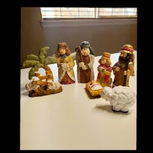 Other - 7 piece nativity set